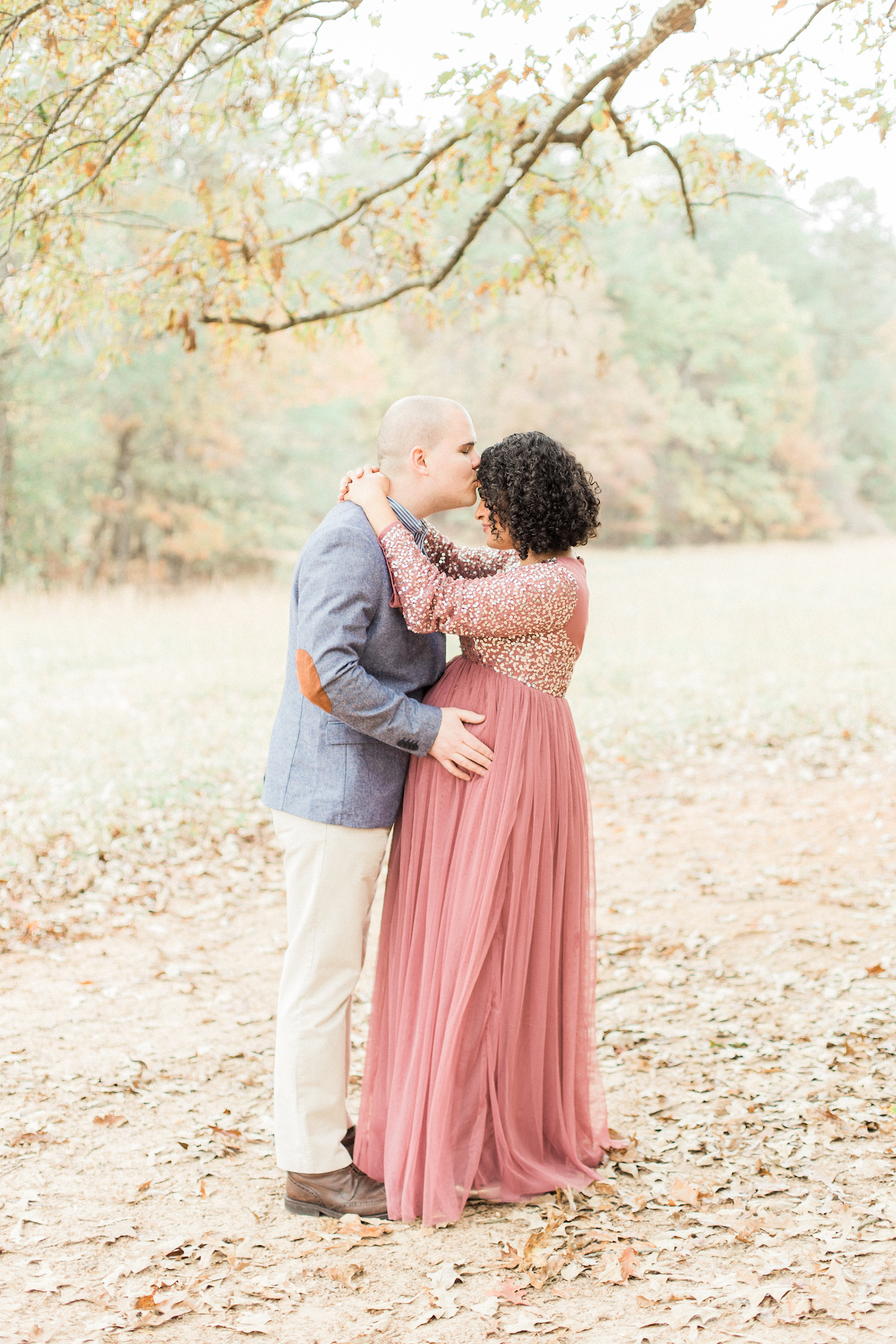 Dreamy romantic organic and nature maternity session. Sparkly tulle maternity dress. Maternity session style. Atlanta Fine Art Maternity Photographer.