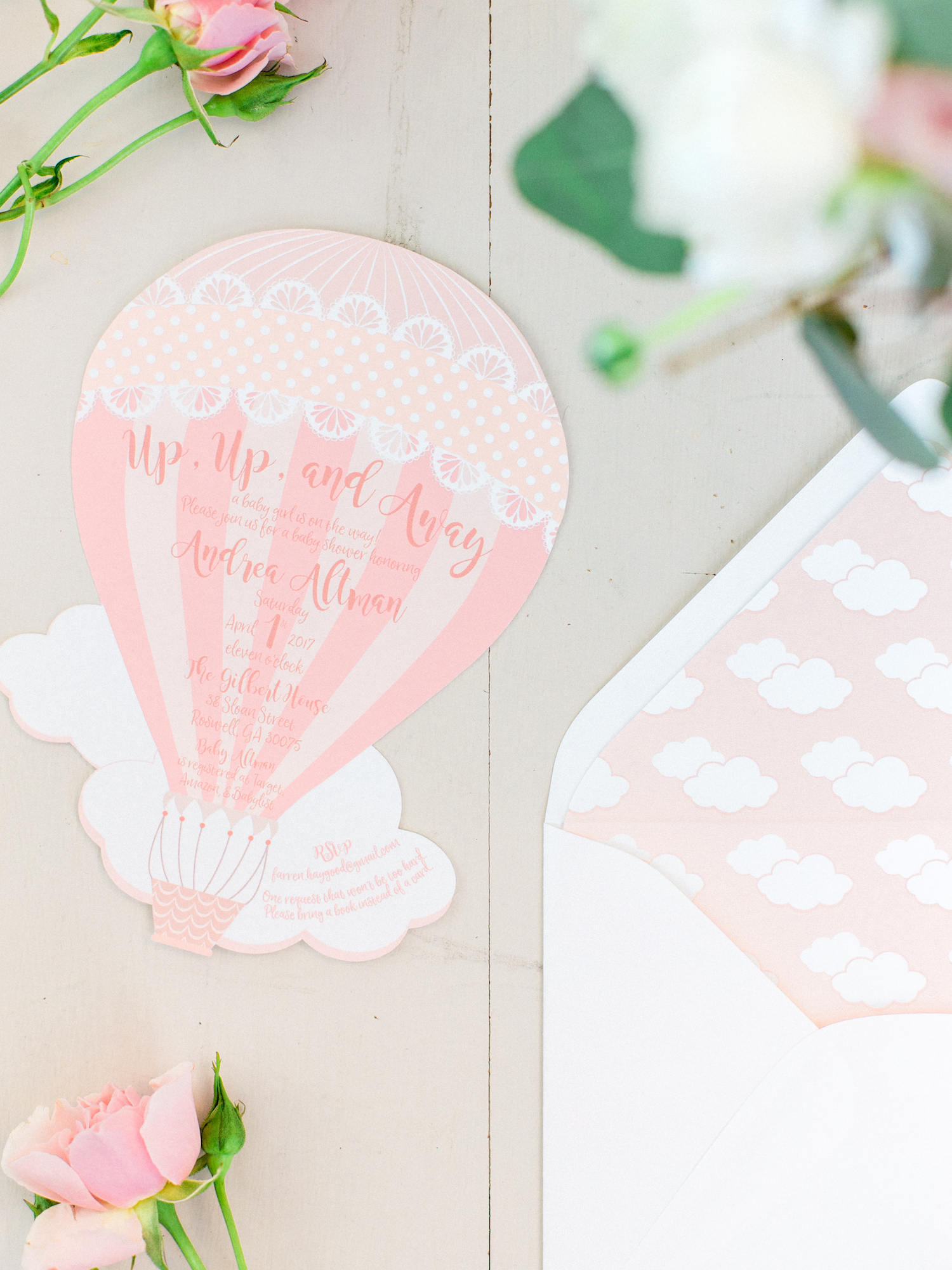 Travel themed baby shower. Hot air balloon baby invitations and envelopes.