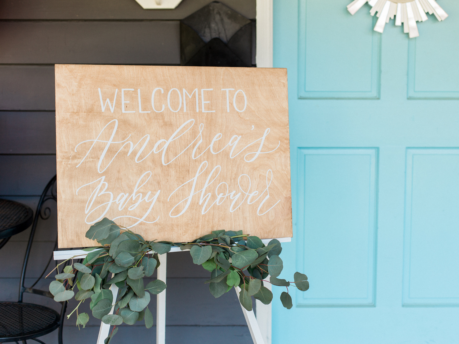 Wood calligraphy baby shower sign by ElisaAnne Calligraphy. Photography by Kesia Marie Photography Atlanta Fine Art Event Photographer