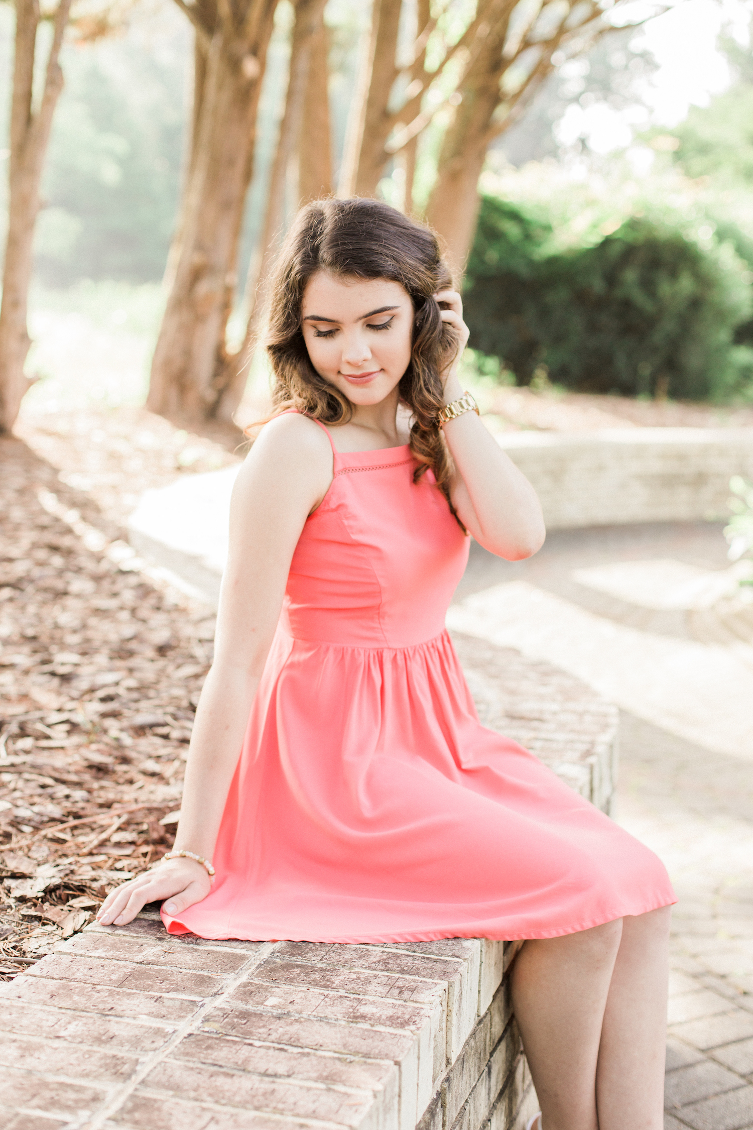 Summer time high school senior session at Vine Mansion Park by Kesia Marie Photography. Featuring feminine, garden details. Senior photos in gorgeous morning light.